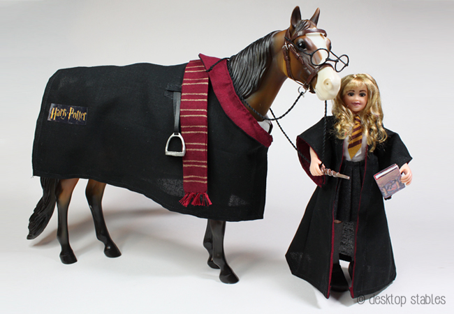how to make a horse costume